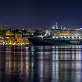 queen mary 2 anchored at vieux port quebec city by Bogdan Marin - Transportation Boats ( night lights, castle quebec, cruise ship )