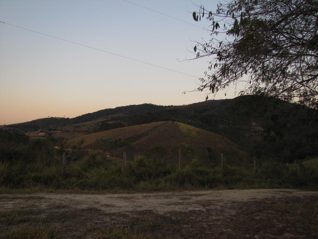 Sítio rural à venda, Jardim das Oliveiras, Jambeiro - SI0001.