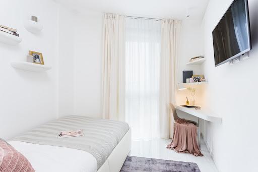 Studio Apartment Senior