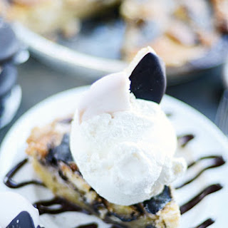Black and White Cookie Gooey Pie