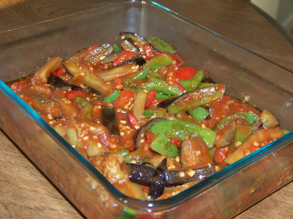 Eggplant and Peppers in Tomato Sauce Recipe | Yummly