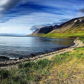 Siglufjörður by Ása Vigfúsdóttir - Instagram & Mobile iPhone (  )