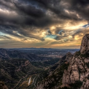 watching to nowhere by Emanuel Ribeiro - Landscapes Mountains & Hills ( mountain, montserrat, color, monastery, day, spain, manresa,  )