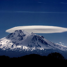 Mother Ship by Dustin Penman - Landscapes Cloud Formations ( mt.shasta, cloud, penman, lenticular cloud )