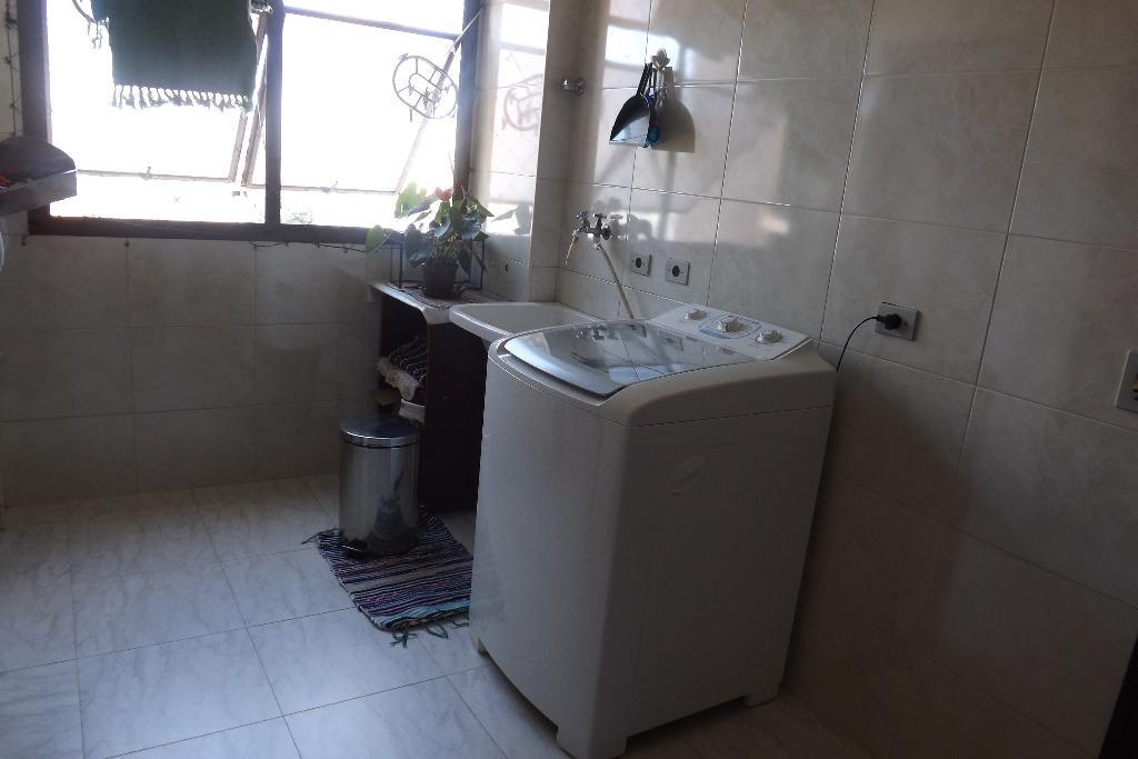 Apartamento de 3 dormitórios à venda em Vila Mesquita, São Paulo - SP