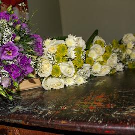 Bouquets by Rina Walton - Wedding Details ( white flower, bouquet, wood, vintage, purple flower )