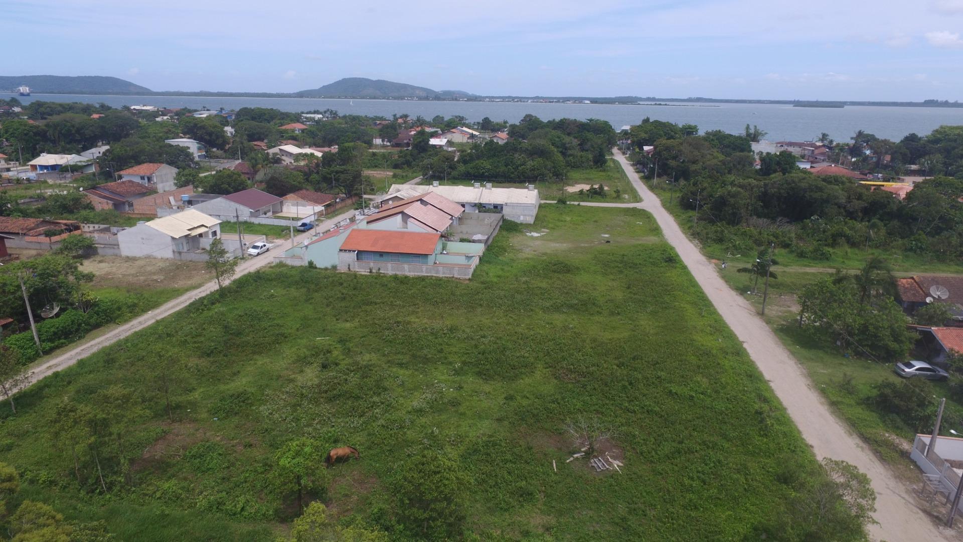excelente area próximo ao porto de itapoá