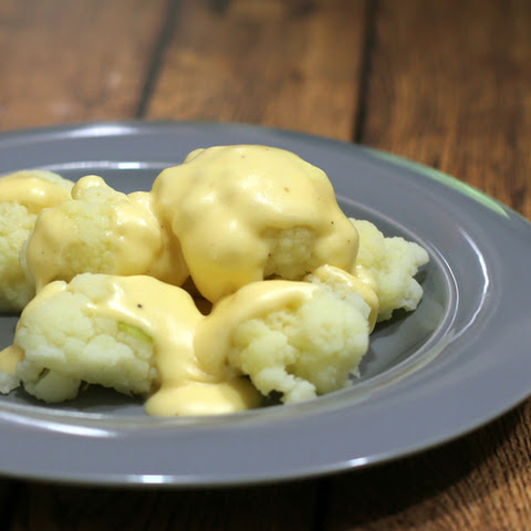 Cauliflower With Cheese Sauce
