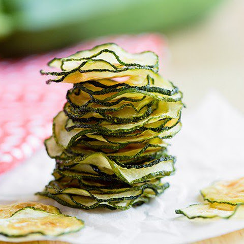 Skinny Baked Zucchini Chips