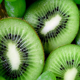 Kiwi  by Asif Bora - Food & Drink Fruits & Vegetables