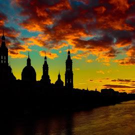 basilica del Pilar, Zaragoza by Roberto Gonzalo Romero - Buildings & Architecture Public & Historical