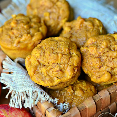 Pumpkin Apple Muffins