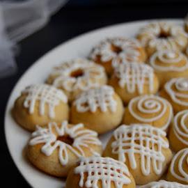 Coconut cookies by Alina Vicu - Novices Only Objects & Still Life ( vegan, vegancooking, coconut, vegancookies, cookies,  )
