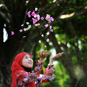 Welcome Ramadhan by Andi Adinata - People Portraits of Women