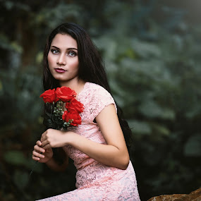 A bouquet of red roses by MSR Photography - People Portraits of Women ( rose, fashion, girl, red, green, beauty, flowers, hair, women, eye )