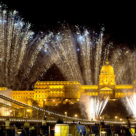by Róbert Sulyok - City,  Street & Park  Night ( hungary, budapest, firework, fireworks, bridge )
