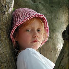 Kirsten and the Tree by Wayne Harlech-Jones - Babies & Children Child Portraits ( child, pose, girl, tree, children, hat,  )
