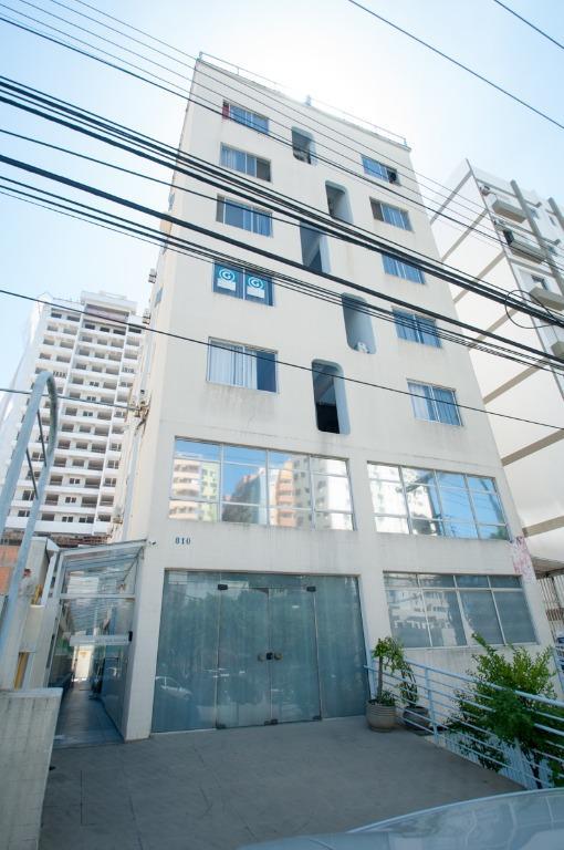 Kitnet residencial à venda, Centro, Florianópolis.