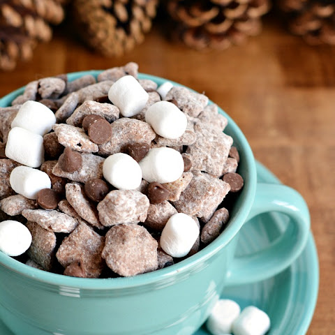 Hot Cocoa Chex Muddy Buddies Party Mix