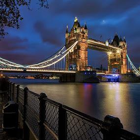 Tower Bridge by Sefanya Dirgagunarsa - Buildings & Architecture Bridges & Suspended Structures (  )