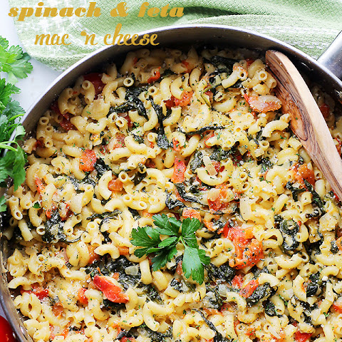 One Pot Spinach & Feta Macaroni and Cheese