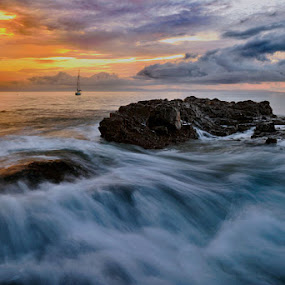 The Wave by Aries Putranto - Landscapes Waterscapes