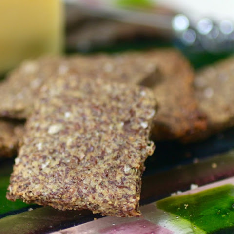 Spicy Italian Parmesan Flaxseed Crackers