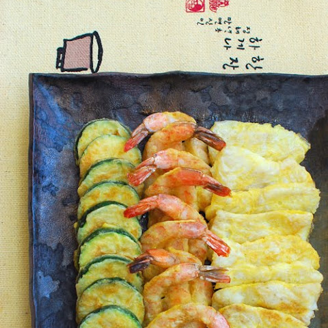 Modeumjeon (Fish, Shrimp and Zucchini Pan-fried in Egg Batter)