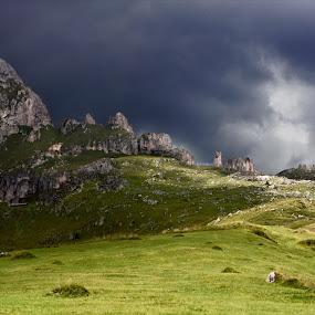 Temporale in Arrivo by Mark Soetebier - Landscapes Cloud Formations ( temporale, dolomiten, odle, dolomiti, alpi, parco naturale delle odle - putia - dolomiti - unesco, dolomites, storm, alps,  )