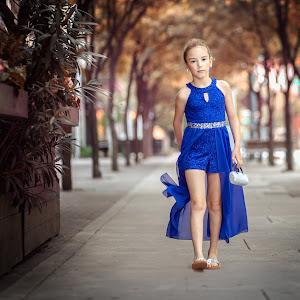 Downtown Girl-3.jpg