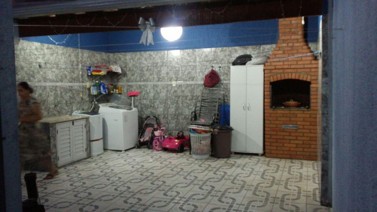 Sobrado à Venda - Jardim Santo André