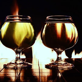 Two glasses and flames by Peter Salmon - Artistic Objects Glass