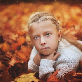 by Rafał Wójcicki - Babies & Children Child Portraits ( headshot, model, nikon, portrait )
