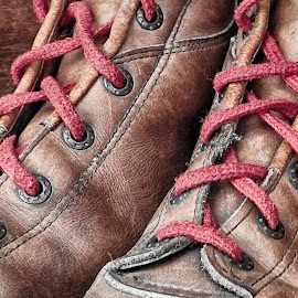 red shoelaces by Ana Paula Filipe - Artistic Objects Clothing & Accessories ( shoelaces, pair, brown, boots, close )