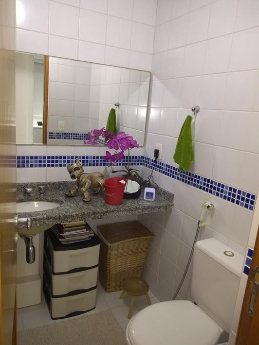 Apartamento em Pendotiba  -  Niterói - RJ