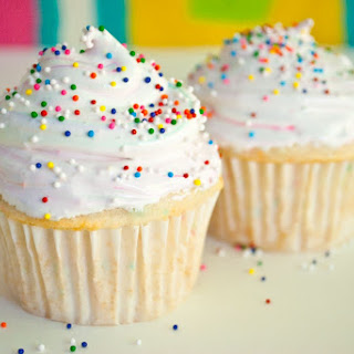 Skinny Funfetti Cupcakes w/ Cake Batter Marshmallow Frosting for Two!