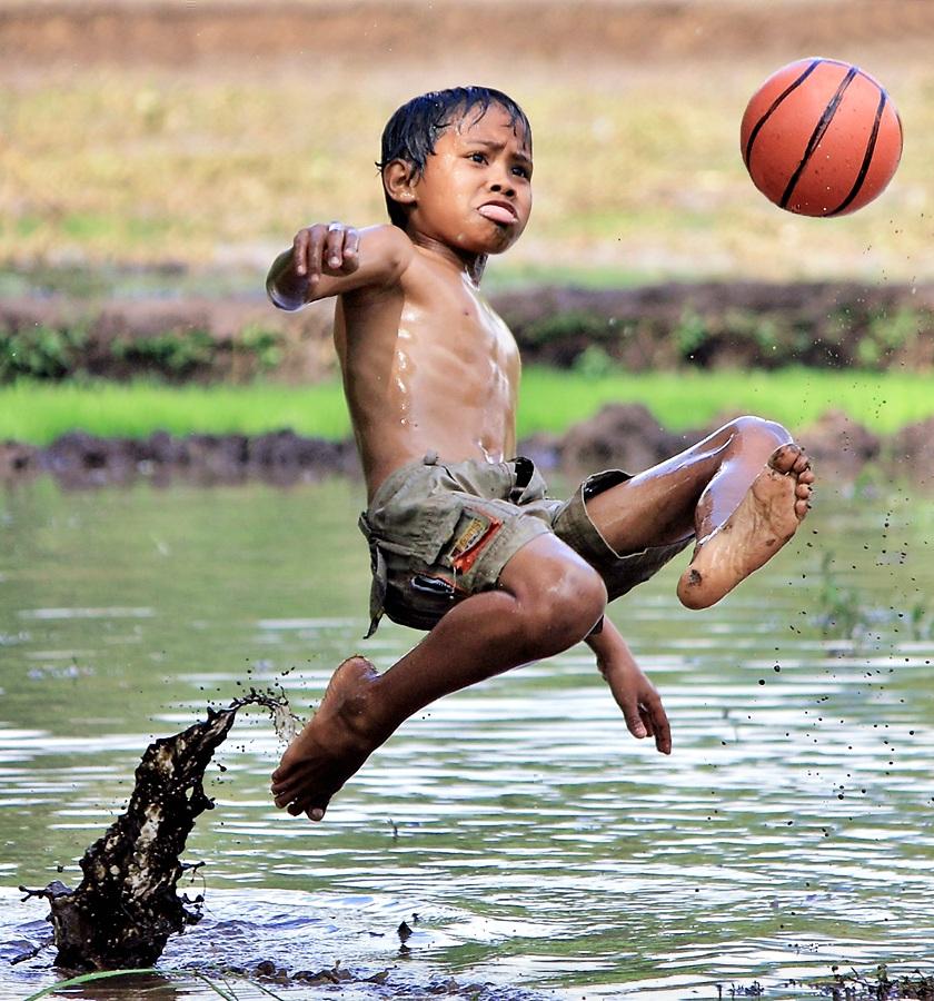 by Kuswarjono Kamal - Babies & Children Children Candids ( kids playing in summer )