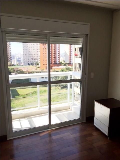 Apartamento de 3 dormitórios em Panamby, São Paulo - SP
