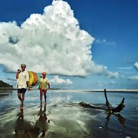 Return home by Pranab Basak - People Street & Candids ( pb )