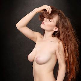 Brooke XI by Xavier Wiechers - Nudes & Boudoir Artistic Nude ( body, model, topless, nude, brooke, beautiful, pretty, skin, portrait, breast, glamour, sexy, girl, elegant, woman, thin, seduction )