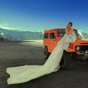 Beloved Asalia by Hirza Kini - People Fashion ( ir, fashion, bromo, conceptual )
