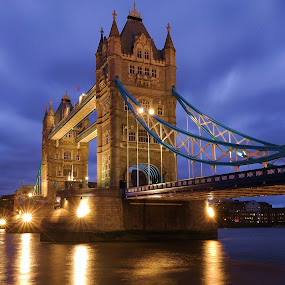 Tower Bridge by Vineet Johri - Travel Locations Landmarks ( tower, pwclandmarks, london, travel, bridge, evening, landmark )