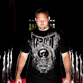 Fight the Light by Louis Brems - People Portraits of Men ( davenport, iowa, illinois, ufc, louis brems, ben rothwell, tapout )