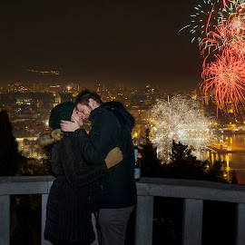 New Year kiss by Andrija Vrcan - People Couples ( kiss, firework,  )