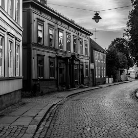 by Anngunn Dårflot - Black & White Buildings & Architecture