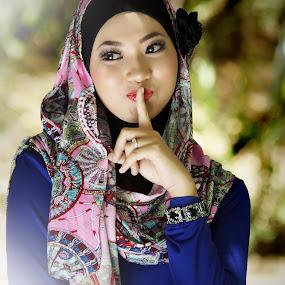 by WanUkay Perdana - People Portraits of Women ( haanis felcraft qaseh anita malay girls muslimah fashion kuala lumpur malaysia )