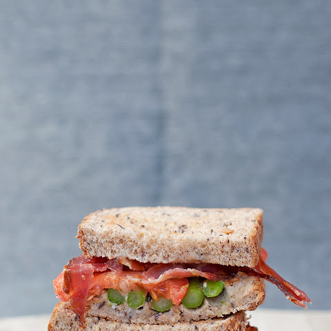 The B.A.T (Bacon, Asparagus & Tomato) Sandwich
