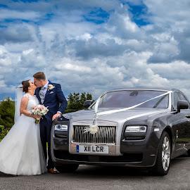 by Joe Jones - Wedding Bride & Groom