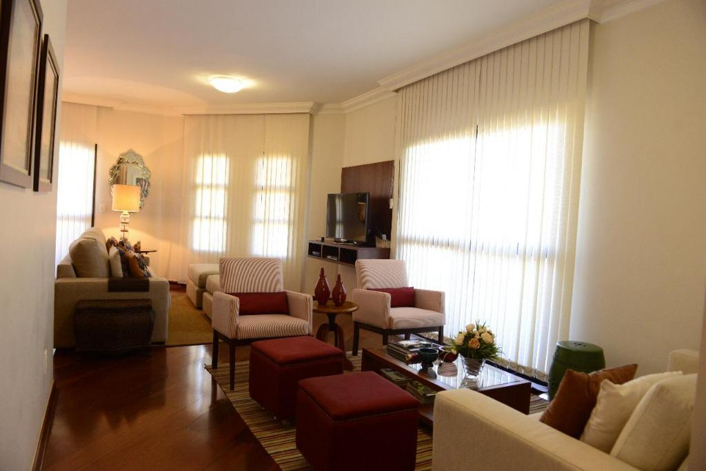 Apartamento com 3 dormitórios à venda, 184 m² por R$ 680.000,00 - Fabrício - Uberaba/MG