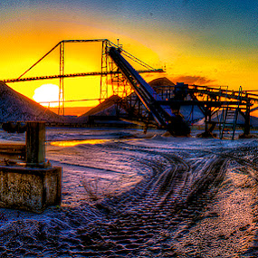 The Machine II by Raymon Brugman - Landscapes Travel ( the machine i apparatus welcome pink floyd surreal feeling dreams dreamy dreaming beautifull warm cold colors colours vivid lucid sand orange green saturated colorfull hdri hdr )